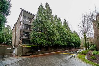 "Photo 2: 407 10698 151A Street in Surrey: Guildford Condo for sale in ""LINCOLN HILL"" (North Surrey)  : MLS®# R2330178"