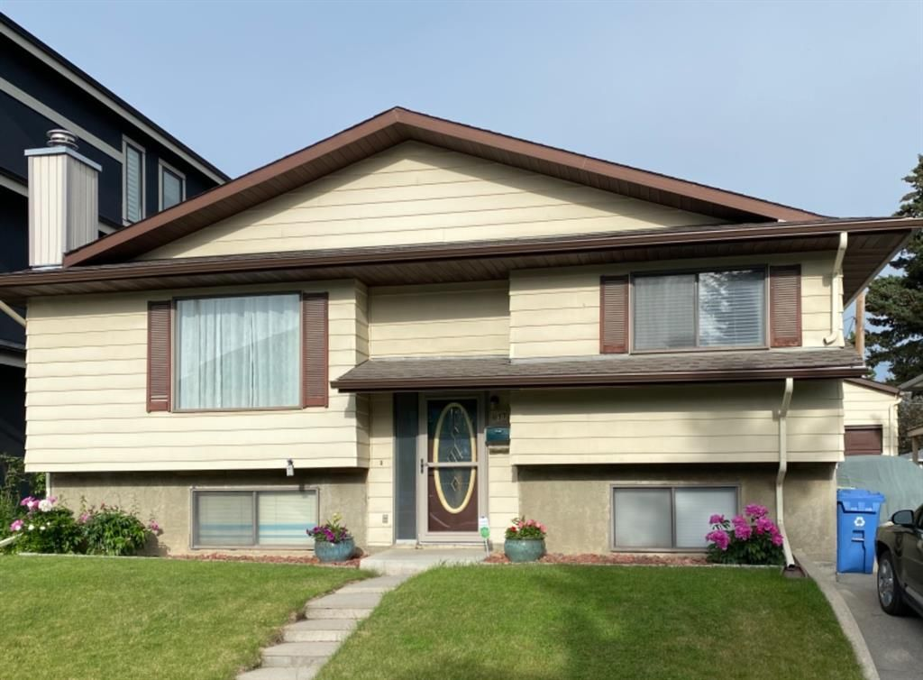 Main Photo: 937 38 Street SW in Calgary: Rosscarrock Detached for sale : MLS®# A1074460