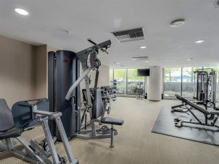 """Photo 15: 2207 33 SMITHE Street in Vancouver: Yaletown Condo for sale in """"COOPERS LOOKOUT"""" (Vancouver West)  : MLS®# R2106492"""