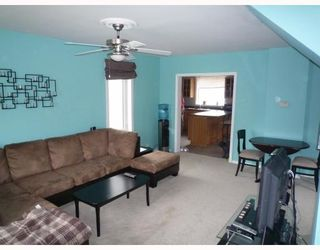 Photo 3: 408 QUEEN Avenue in SELKIRK: City of Selkirk Residential for sale (Winnipeg area)  : MLS®# 2907064