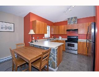 """Photo 3: 95 1821 WILLOW Crescent in Squamish: Garibaldi Estates Townhouse for sale in """"WILLOW VILLAGE"""" : MLS®# V745862"""