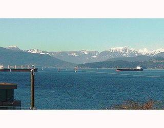 Photo 2: 3354 POINT GREY Road in Vancouver: Kitsilano 1/2 Duplex for sale (Vancouver West)  : MLS®# V688370