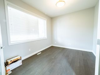 Photo 6: 5215 ADMIRAL WALTER HOSE Street in Edmonton: Zone 27 House for sale : MLS®# E4260055