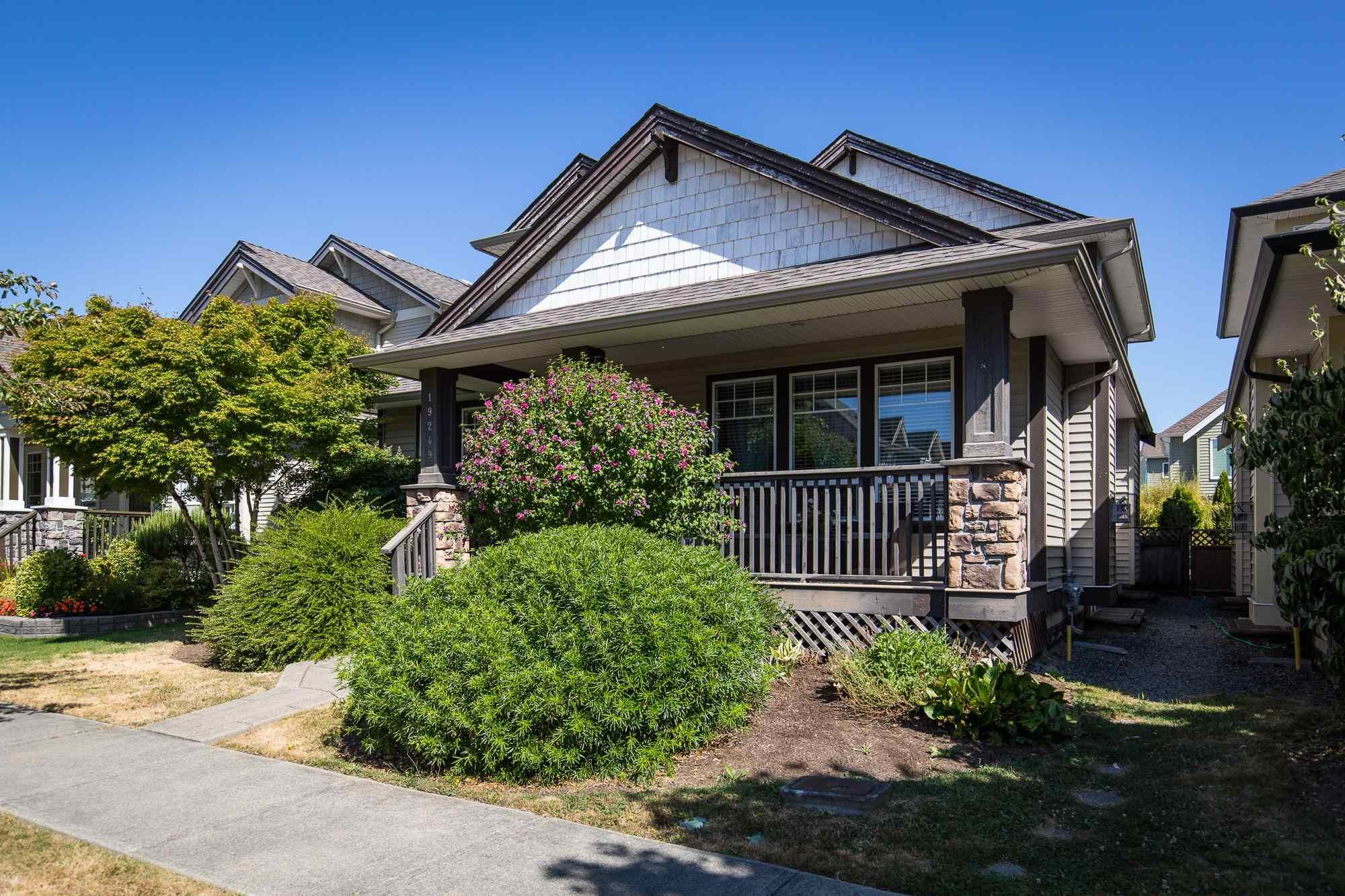 Main Photo: 19249 69 Avenue in Surrey: Clayton House for sale (Cloverdale)  : MLS®# R2605035