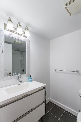 """Photo 10: 105 428 AGNES Street in New Westminster: Downtown NW Condo for sale in """"SHANLEY MANOR"""" : MLS®# R2408805"""