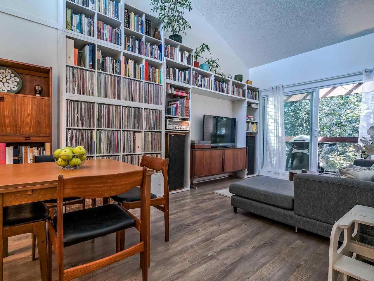 """Main Photo: 315 1429 E 4TH Avenue in Vancouver: Grandview Woodland Condo for sale in """"Sandcastle Villa"""" (Vancouver East)  : MLS®# R2483283"""