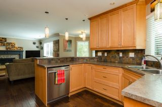Photo 11: 20716 51ST Avenue in Langley: Langley City House for sale : MLS®# F1450329