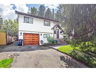 Photo 2: 2877 267A Street in Langley: Aldergrove Langley House for sale : MLS®# R2587278