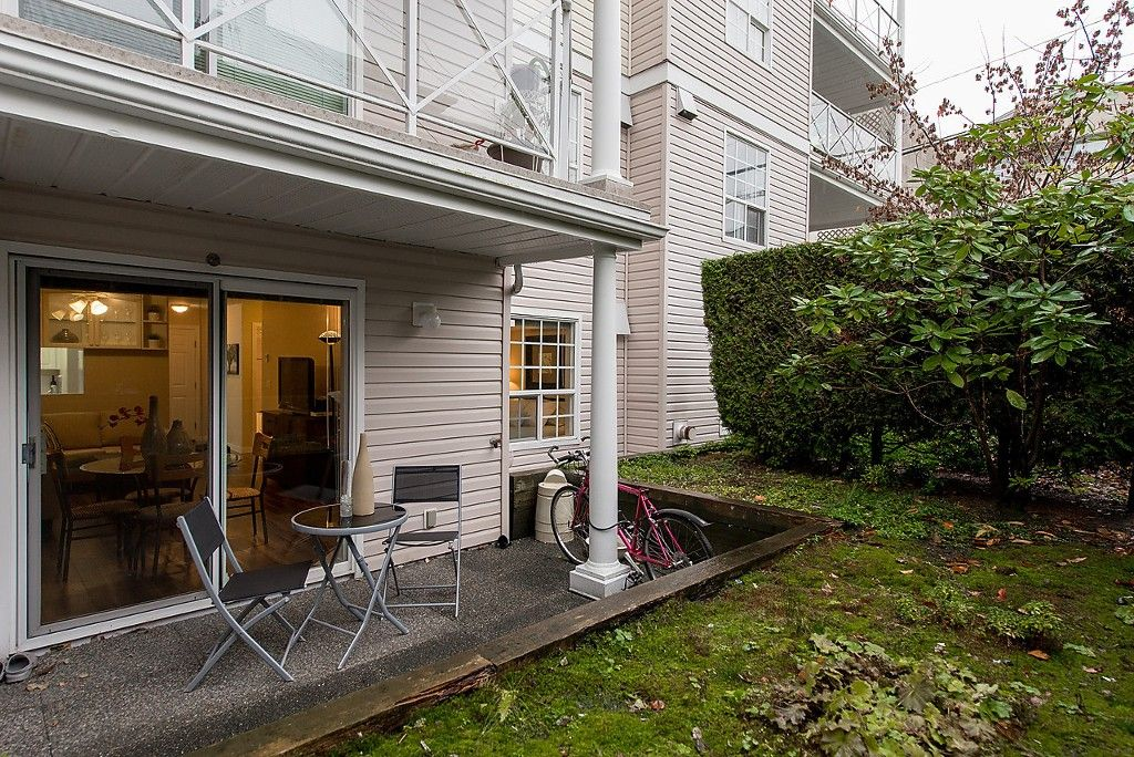 """Photo 11: Photos: 109 5788 VINE Street in Vancouver: Kerrisdale Condo for sale in """"THE VINEYARD"""" (Vancouver West)  : MLS®# V1095219"""