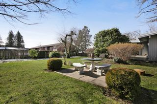 Photo 18: 2360 CRESCENT Way in Abbotsford: Central Abbotsford House for sale : MLS®# R2242278
