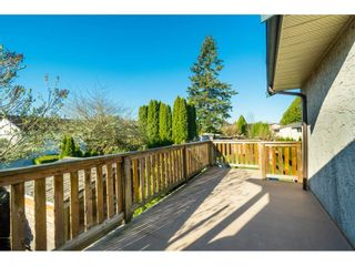 Photo 17: 6081 171A Street in Surrey: Cloverdale BC House for sale (Cloverdale)  : MLS®# R2353242