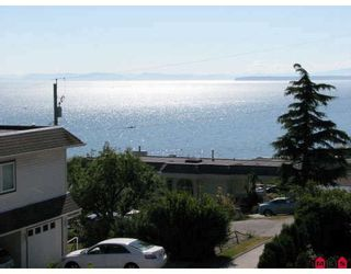 "Photo 2: 15134 BEACHVIEW Avenue in White_Rock: White Rock Townhouse for sale in ""KULEANA TOWNHOMES"" (South Surrey White Rock)  : MLS®# F2824762"