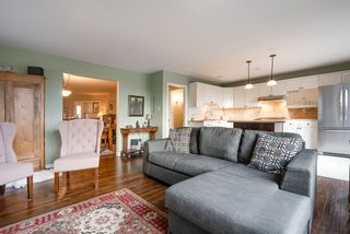 """Photo 13: 135 W ROCKLAND Road in North Vancouver: Upper Lonsdale House for sale in """"Upper Lonsdale"""" : MLS®# R2527443"""