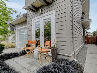 Photo 12: 53 Cambridge St in : Vi Fairfield West House for sale (Victoria)  : MLS®# 872164