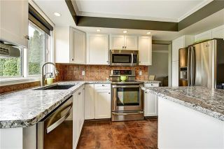 Photo 5: 3505 Witt Place: Peachland House for sale : MLS®# 10183248