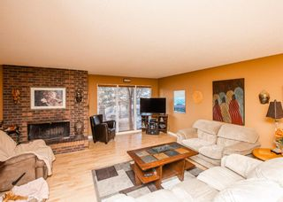 Photo 3: 2307 Lake Bonavista Drive SE in Calgary: Lake Bonavista Detached for sale : MLS®# A1065139
