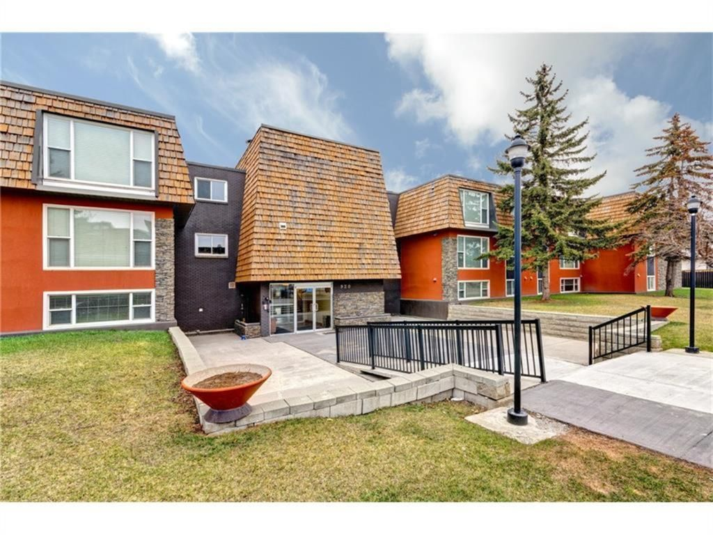 Main Photo: 103 920 68 Avenue SW in Calgary: Kingsland Apartment for sale : MLS®# A1113236