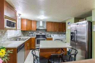 """Photo 7: 16 21555 DEWDNEY TRUNK Road in Maple Ridge: West Central Townhouse for sale in """"RICHMOND COURT"""" : MLS®# R2410984"""