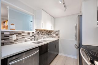 """Photo 10: 203 833 W 16TH Avenue in Vancouver: Fairview VW Condo for sale in """"THE EMERALD"""" (Vancouver West)  : MLS®# R2620364"""