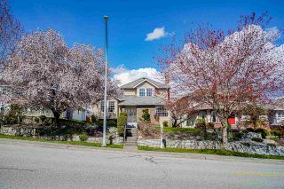 """Photo 4: 94 RICHMOND Street in New Westminster: Fraserview NW House for sale in """"Fraserview"""" : MLS®# R2563757"""