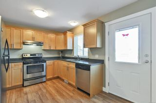 Photo 3: B 80 Carolina Dr in : CR Campbell River South Half Duplex for sale (Campbell River)  : MLS®# 869362