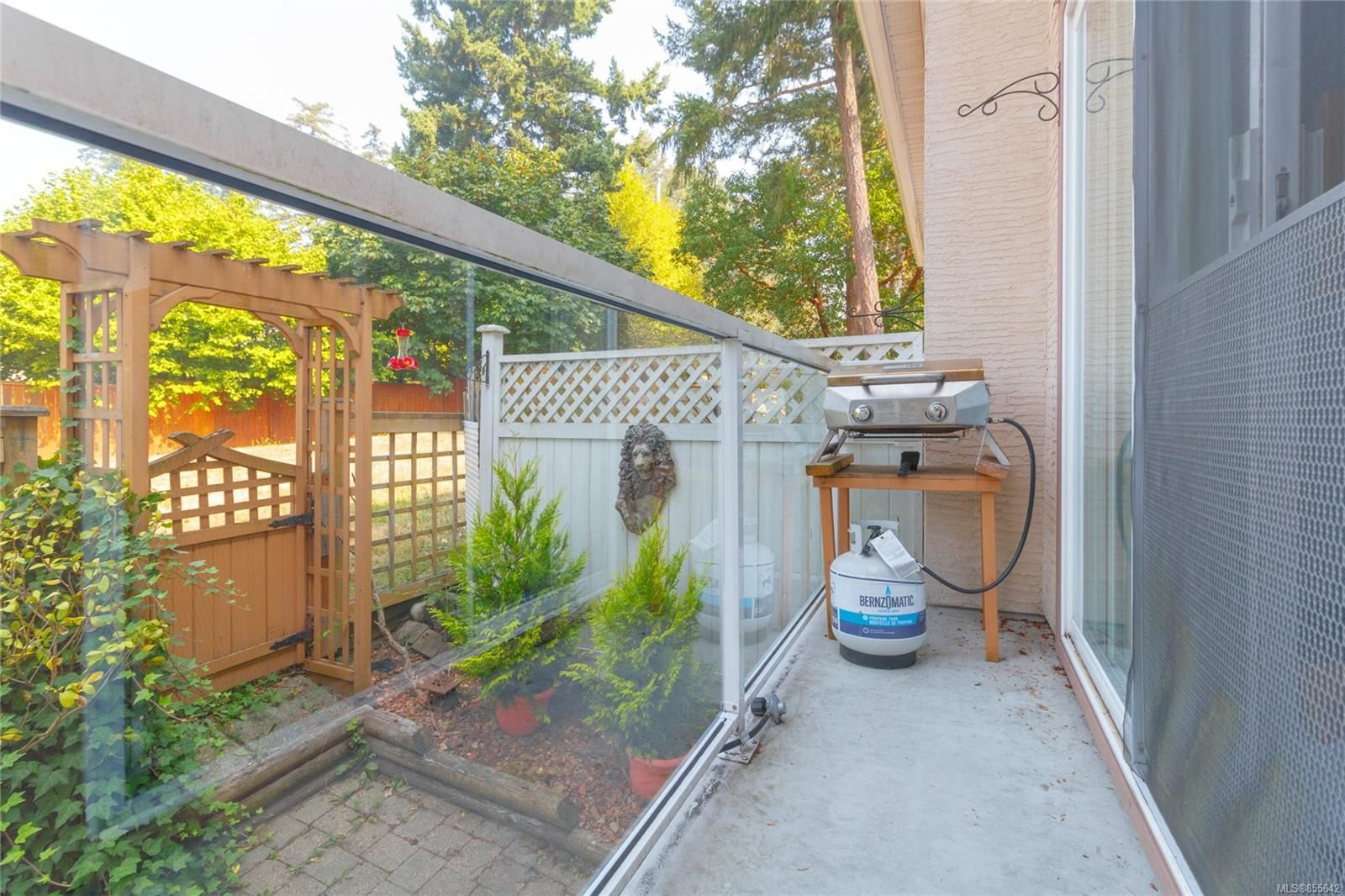 Photo 22: Photos: 52 14 Erskine Lane in : VR Hospital Row/Townhouse for sale (View Royal)  : MLS®# 855642