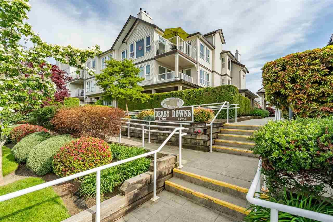 """Main Photo: 207 17740 58A Avenue in Surrey: Cloverdale BC Condo for sale in """"Derby Downs"""" (Cloverdale)  : MLS®# R2579014"""