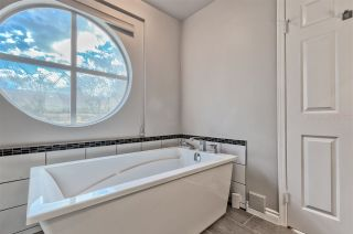 """Photo 18: 105 7160 OAK Street in Vancouver: South Cambie Townhouse for sale in """"COBBLELANE"""" (Vancouver West)  : MLS®# R2514150"""