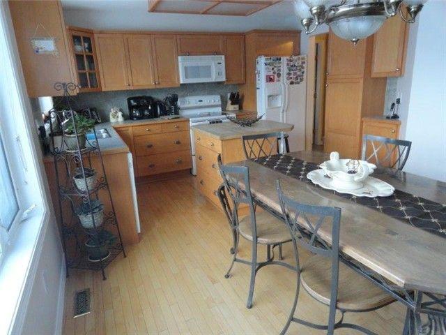"""Photo 5: Photos: 11028 92ND Street in Fort St. John: Fort St. John - City NE House for sale in """"KEARNEY PARK"""" (Fort St. John (Zone 60))  : MLS®# N241599"""