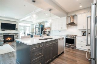 Photo 13: 15498 RUSSELL Avenue: White Rock House for sale (South Surrey White Rock)  : MLS®# R2568948
