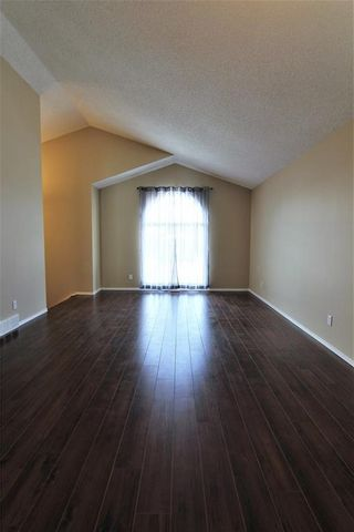 Photo 9: 2863 Catalina Boulevard NE in Calgary: Monterey Park Detached for sale : MLS®# A1075409