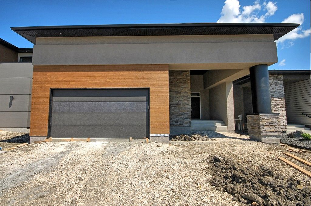 Main Photo: 43 Turnstone Terrace in Winnipeg: South Pointe Single Family Detached for sale (1R)