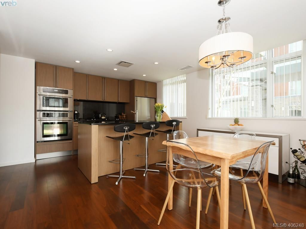 Photo 7: Photos: TH3 100 Saghalie Rd in VICTORIA: VW Songhees Row/Townhouse for sale (Victoria West)  : MLS®# 807394