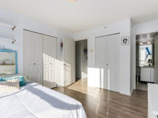 "Photo 9: 1708 1189 HOWE Street in Vancouver: Downtown VW Condo for sale in ""The Genesis"" (Vancouver West)  : MLS®# R2373933"