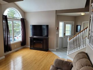 Photo 5: 595 Thistle Street: Pincher Creek Detached for sale : MLS®# A1116565