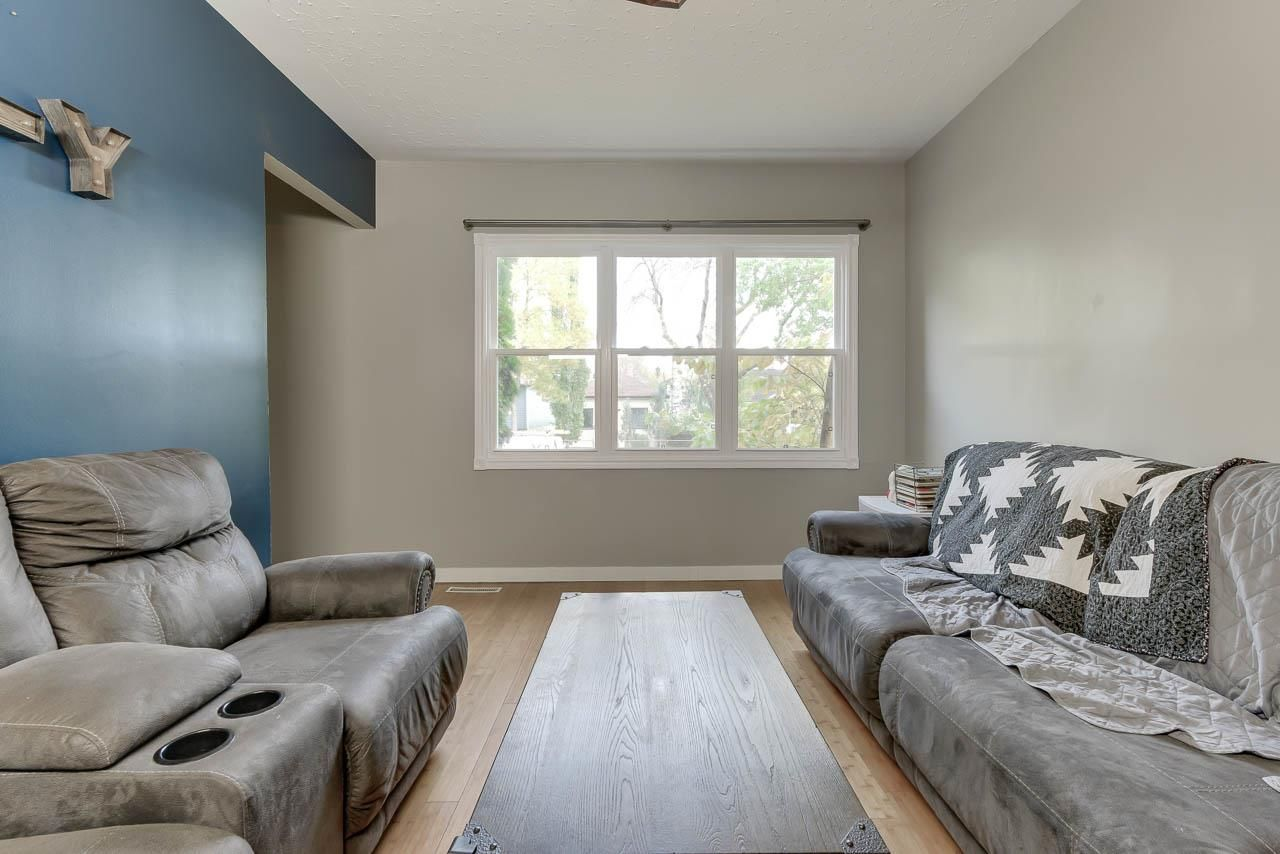 Photo 9: Photos: 11532 93 Street in Edmonton: Zone 05 House for sale : MLS®# E4231784