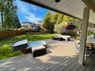 """Photo 9: 16047 8 Avenue in Surrey: King George Corridor House for sale in """"Border of White Rock/S.Surrey"""" (South Surrey White Rock)  : MLS®# R2579472"""