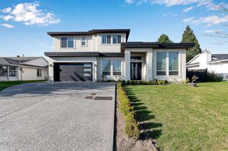 Photo 1: 16131 95A Avenue in Surrey: Fleetwood Tynehead House for sale : MLS®# R2570869