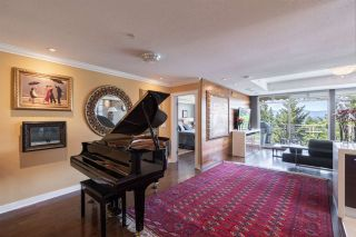 """Photo 18: 8561 SEASCAPE Lane in West Vancouver: Howe Sound Townhouse for sale in """"Seascapes"""" : MLS®# R2533787"""