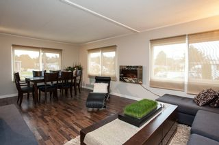 """Photo 3: 1 1840 160 Street in Surrey: King George Corridor Manufactured Home for sale in """"BREAKAWAY BAYS"""" (South Surrey White Rock)  : MLS®# R2041363"""