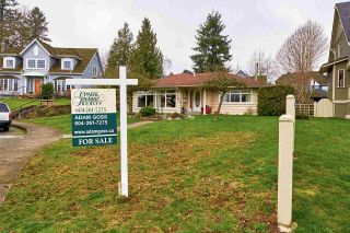 """Photo 16: 105 COLLEGE Court in New Westminster: Queens Park House for sale in """"Queens Park"""" : MLS®# R2039051"""
