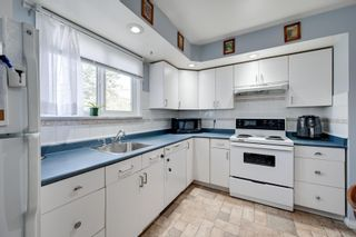 Photo 7: 1692 LAKEWOOD Road S in Edmonton: Zone 29 Townhouse for sale : MLS®# E4248367