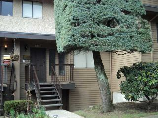 """Photo 1: 6866 BEECHCLIFFE Drive in Burnaby: Montecito Townhouse for sale in """"ELLERSLIE COURT"""" (Burnaby North)  : MLS®# V875225"""