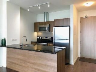 Photo 2: 3804 70 Distillery Lane in Toronto: Waterfront Communities C8 Condo for lease (Toronto C08)  : MLS®# C4613634