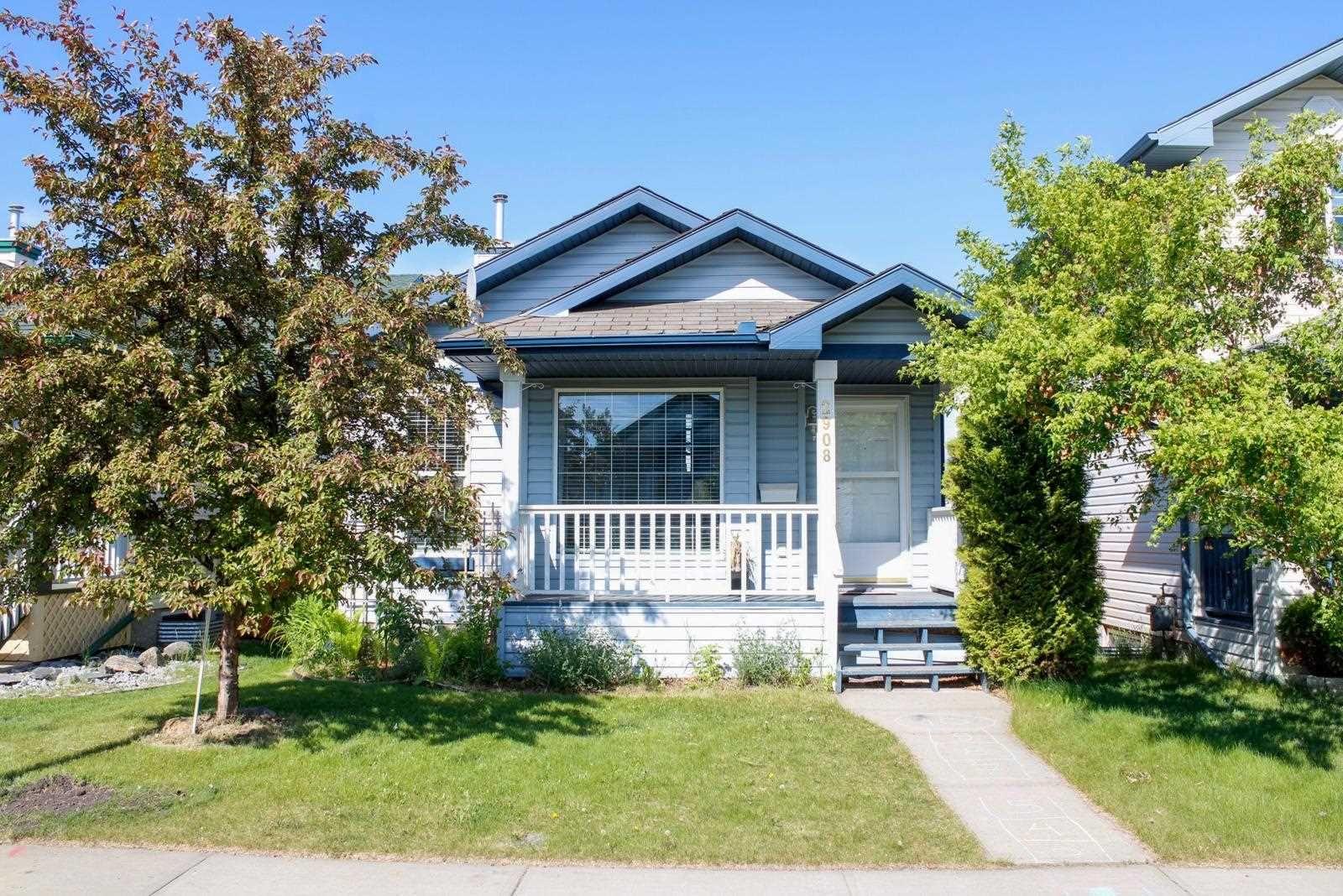 Main Photo: 2908 31 Street in Edmonton: Zone 30 House for sale : MLS®# E4261905