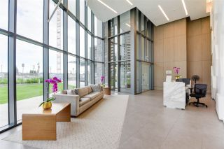 """Photo 10: 408 680 SEYLYNN Crescent in North Vancouver: Lynnmour Condo for sale in """"Compass"""" : MLS®# R2544596"""