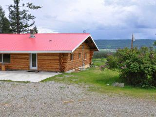 Photo 3: 7680 WEST FRASER Road in Quesnel: Quesnel Rural - South House for sale (Quesnel (Zone 28))  : MLS®# N218963