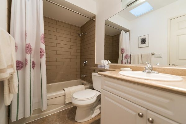 Photo 9: Photos: 303 2935 SPRUCE Street in Vancouver: Fairview VW Condo for sale (Vancouver West)  : MLS®# R2131963