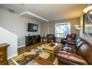 """Photo 3: 21 21867 50 Avenue in Langley: Murrayville Townhouse for sale in """"Winchester"""" : MLS®# R2009721"""