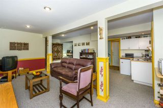 """Photo 15: 2668 GOODBRAND Drive in Abbotsford: Abbotsford East House for sale in """"Sumas Mt"""" : MLS®# R2228805"""